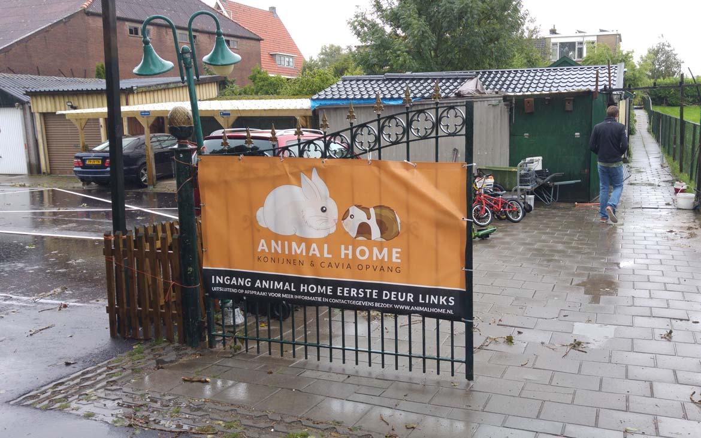 Entree Animal Home.